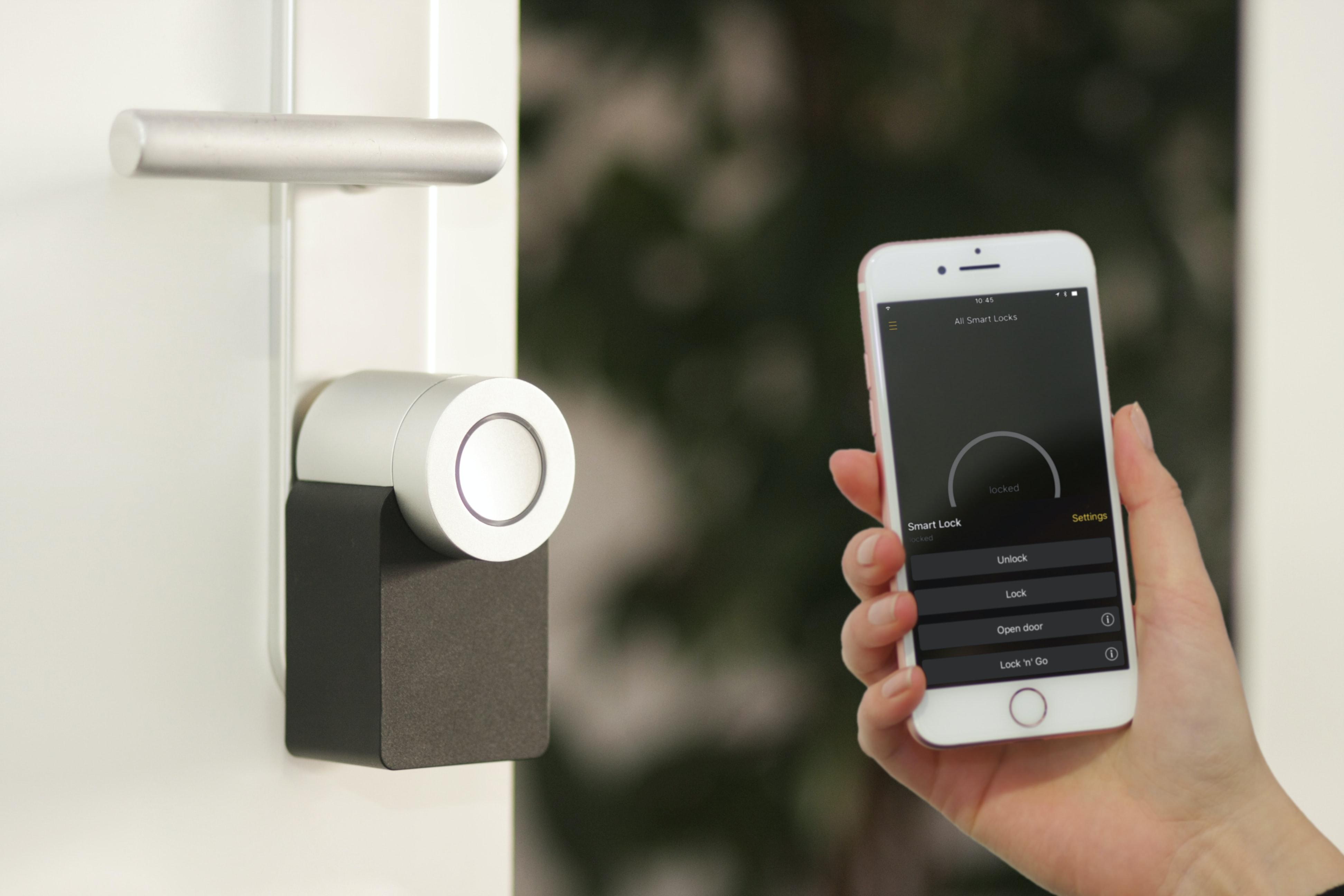 nuki-smartlock-smartphone